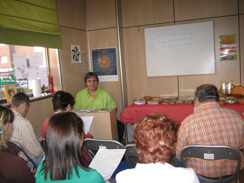 José Manuel dando una curso 73.000 bytes